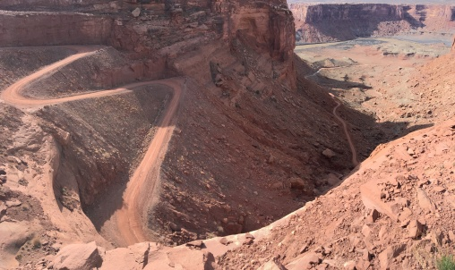 The western road from the Island in the Sky mesa to the White Rim